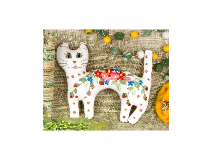 Sweet Cat Embroidery Kit фото 1