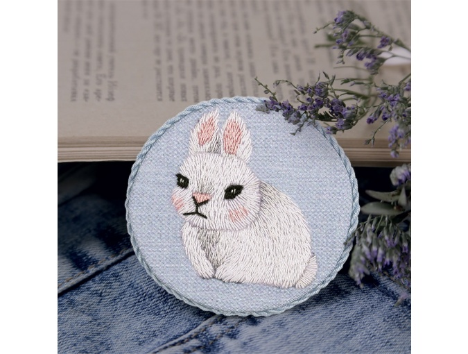 Baby Rabbit Brooch Embroidery Kit фото 1
