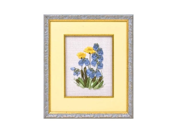 Bluebells and Dandelions Embroidery Kit фото 2