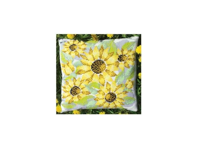 Sunny Field Cushion Cross Stitch Kit фото 1