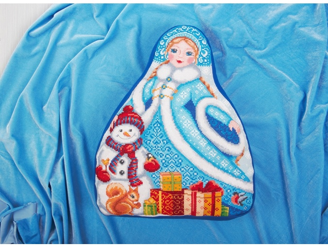 Snow Maiden Cushion Front Cross Stitch Kit фото 3