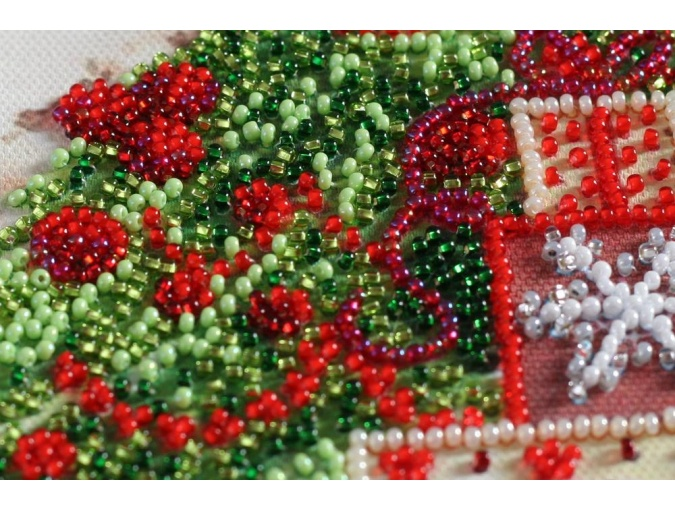 Under the Christmas Tree Bead Embroidery Kit фото 6
