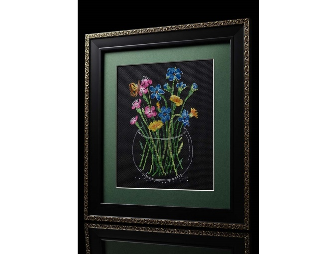 Summer Bouquet in a Glass Cross Stitch Kit фото 4