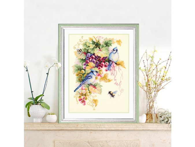 Blue Jay and Grapes Cross Stitch Kit фото 4