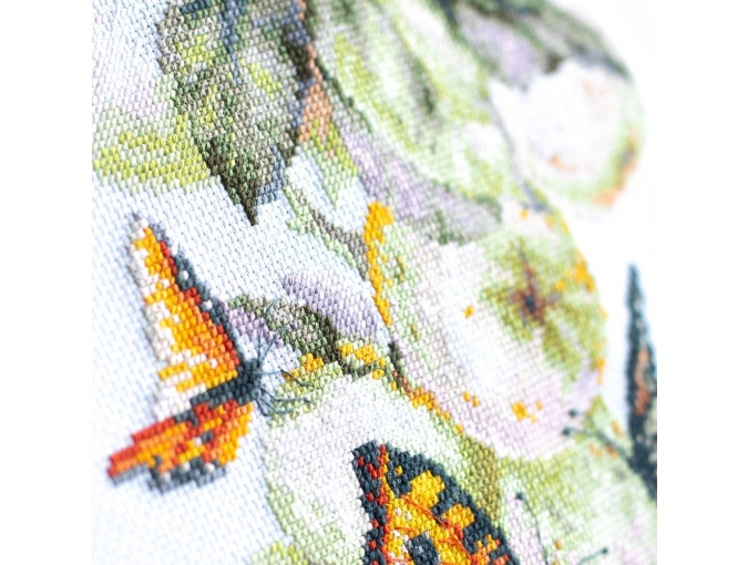 Butterflies and Apples Cross Stitch Kit фото 8