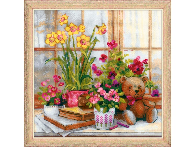 Daffodils On The Windowsill Cross Stitch Kit фото 1