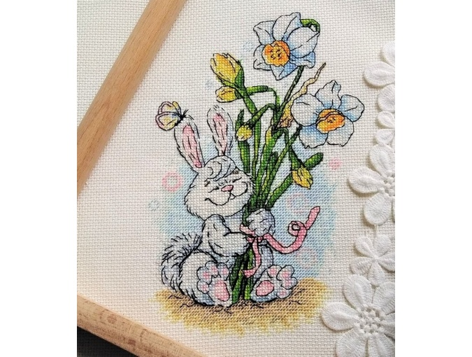 Bunny and Daffodils Cross Stitch Pattern фото 2