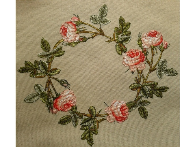 Pink Roses Wreath Cross Stitch Pattern фото 2