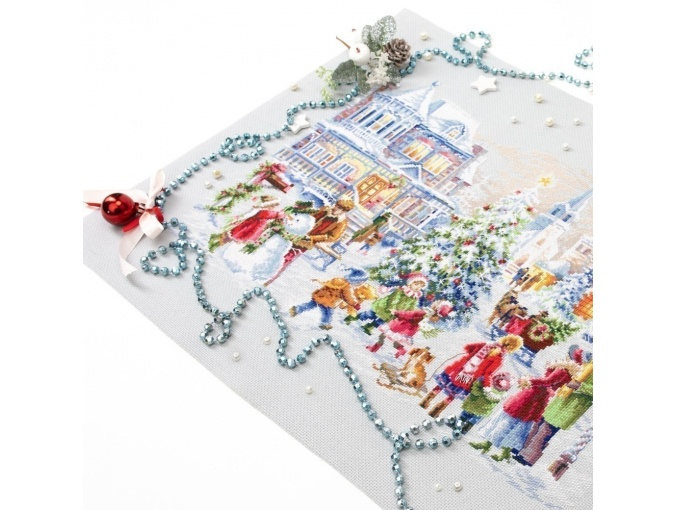 Christmas Eve Cross Stitch Kit by Magic Needle фото 9