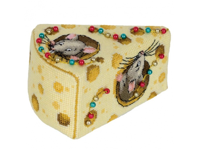Cheese for the Mice Cross Stitch Kit фото 4