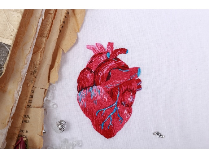 Anatomical Heart Embroidery Kit фото 3