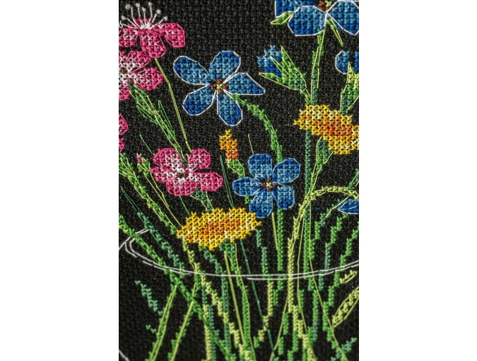 Summer Bouquet in a Glass Cross Stitch Kit фото 3